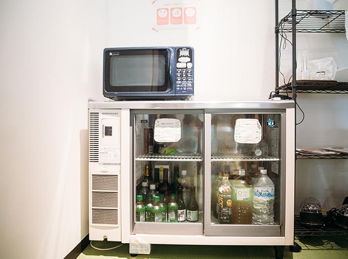 冷蔵庫には常にフリードリンクが用意されています