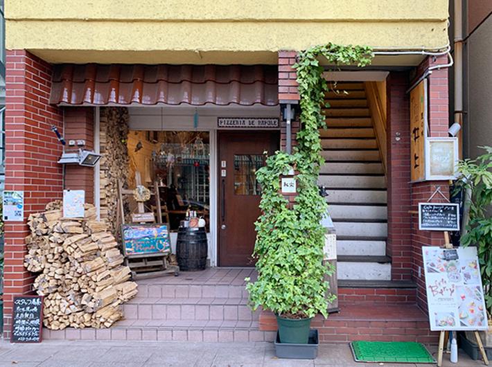 定禅寺通の西側は人通りも多くなく、落ち着いて過ごせるカフェも多いエリアだ