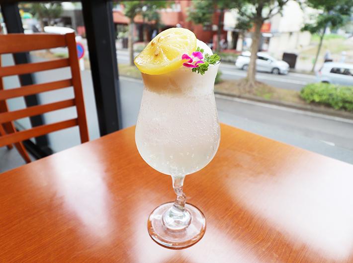 レモンクリームソーダ 770円(税込)