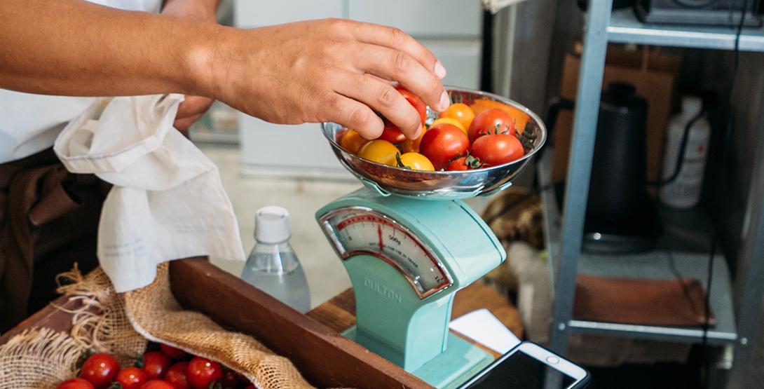 地域の季節の食材を楽しむ「量り売りマルシェ」お買い物レポート