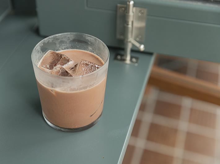 (チョコレートミルク)