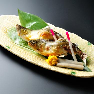 栄養価◎満点≪鮎の甘味噌焼付≫おごっつお料理☆食いしん坊プラン<和室(2〜3名)>