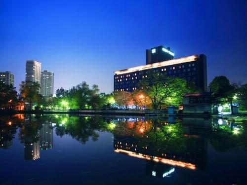 札幌パークホテルS010181