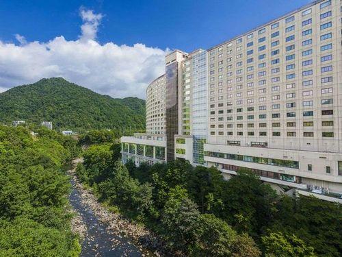 定山渓ビューホテルS010196