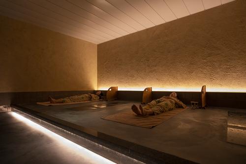 「鉱・香・炭」3種の岩盤浴を自由に楽しむ(夕食:ブッフェ)〜60分のRelax Time