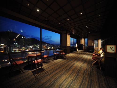 【高層階確約/朝食付】お部屋から函館夜景を満喫♪〜日本一に選ばれたホテル自慢の朝食バイキング付き!10階以上高層階の窓から、函館の素敵な夜景を!!