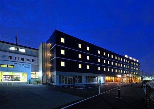 CVS・BAY HOTEL本館S120310