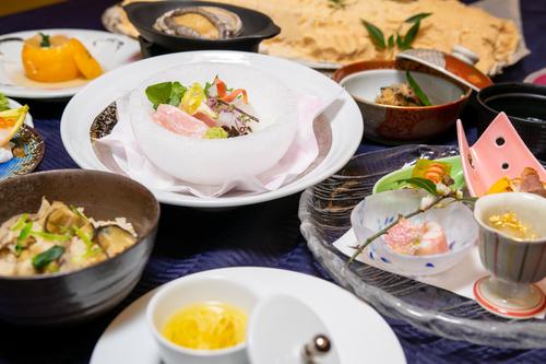 【料理長おすすめプラン】当館最高ランク☆和の匠が手掛ける「季節の料理長おまかせ御膳」  料理長