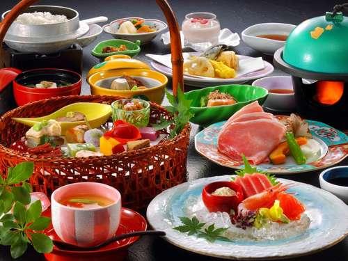 季節のプラン:温泉と季節の会席料理をシンプルに楽しむ <スタンダードプラン>