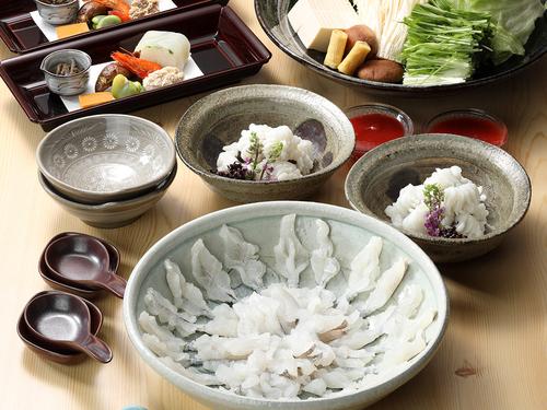 【夏季限定・鱧のしゃぶしゃぶ】夏場の京都に欠かせない!旬のハモの旨みとプリプリの食感を心ゆくまで堪能