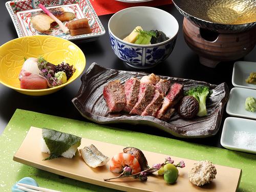 【京料理会席・和牛ステーキ付プラン】ちょっと贅沢に。季節の会席に旨み溢れるジューシーなお肉も味わう