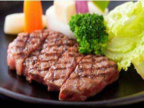 【丹波牛ステーキ】丹波が誇るブランド牛をステーキで〜洋室ダブル利用〜