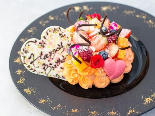 【誕生日記念日】【選べるホールケーキ付】アニバーサリーステイ レイトアウト15時(朝食付)