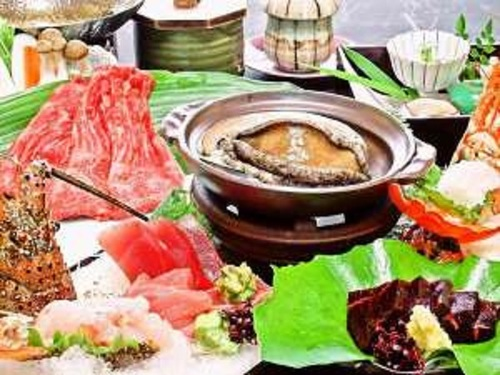 『伊勢海老×鯨×鮑』+『勝浦産鮪or熊野牛の1品チョイス!』 高級食材を贅沢に愉しむ豪華会席プラン