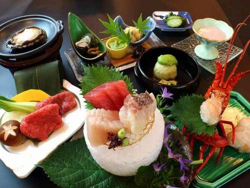 【量より質】南紀勝浦港水揚げの新鮮な生まぐろと旬の食材を使った<<美味少量会席>>