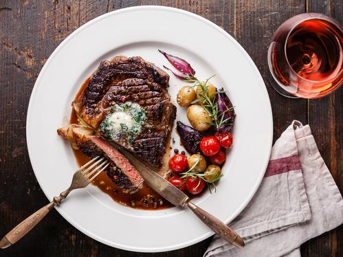 「品質」 「熟成」 「焼き」にこだわった極上熟成牛ステーキディナー (夕朝食付)