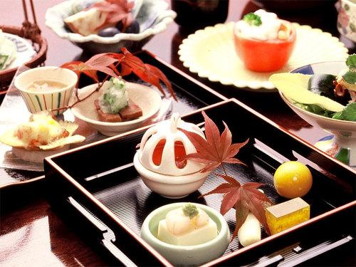 【特選料理会席】美味探求★選りすぐりの食材を使用!料理長こだわりの季節会席