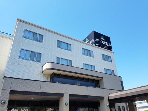 函館パークホテルS010414