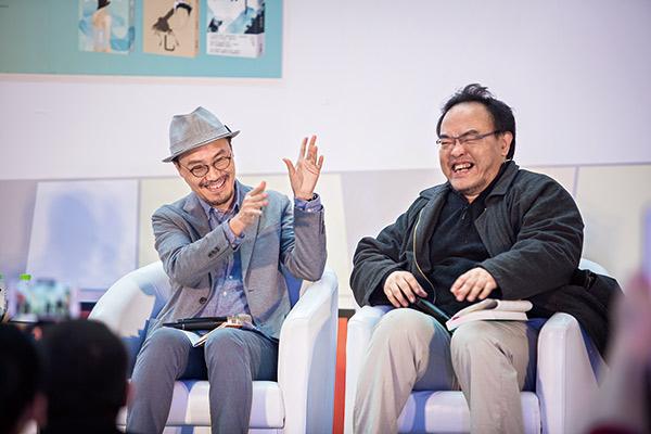 董啟章(左)與台灣作家駱以軍(右)