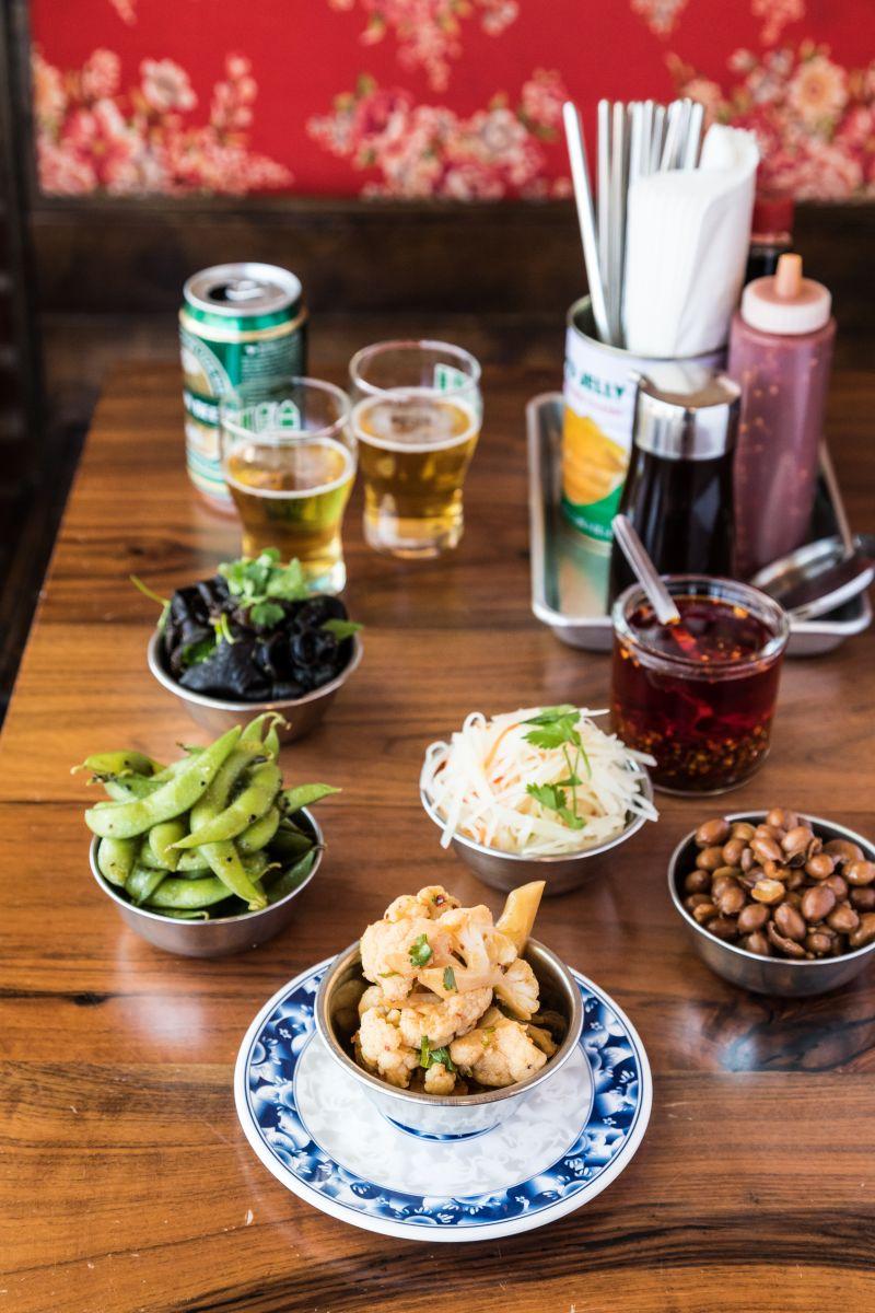 洛杉磯台菜餐廳「松鶴麵莊」Pine & Crane主打台灣味蔬食。