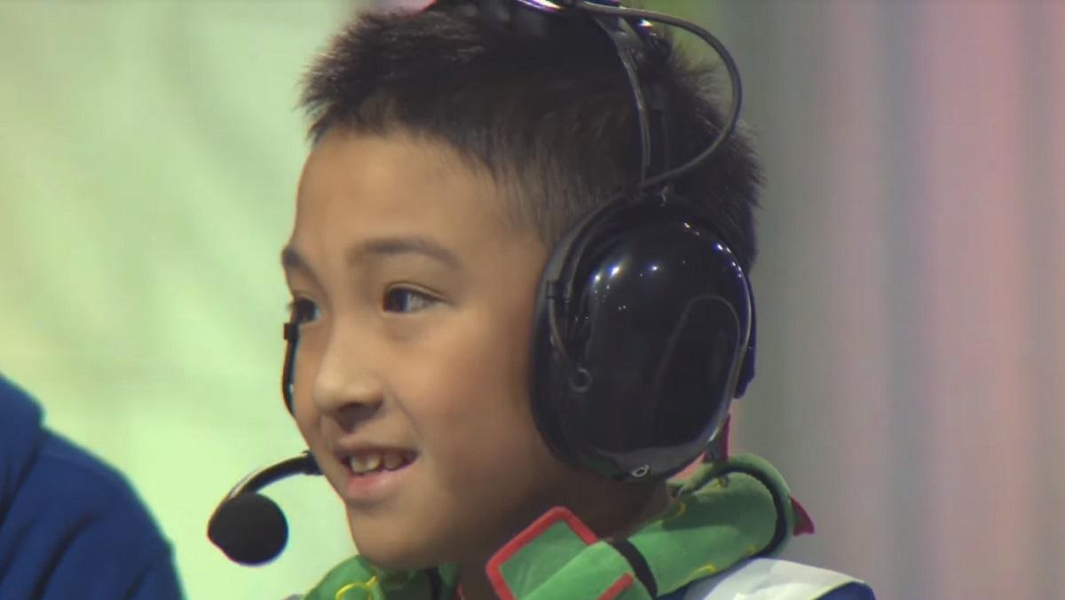 吳比在電玩遊戲部門(VGC)兒童組(Junior)奪下世界冠軍,被網友讚為台灣之光。圖/The Official Pokémon YouTube channel影片截圖