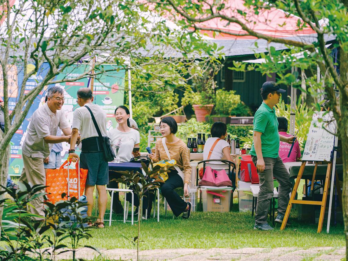 台中合樸農學市集位處台中市郊有不少回頭客定時光顧。