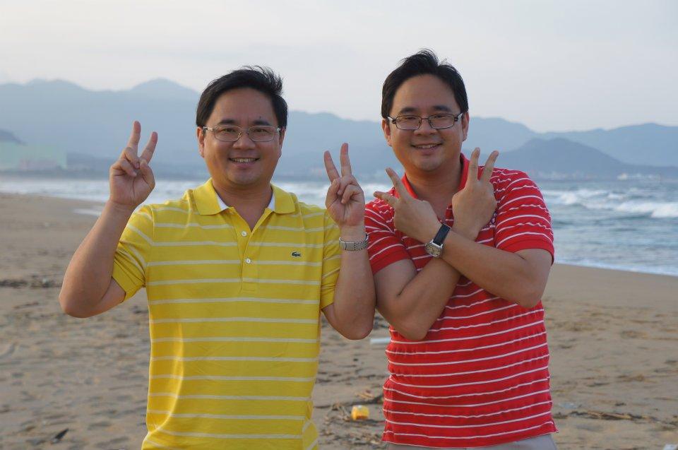 巫有崇(左)與巫有捷(右)每年都會舉辦員工旅遊