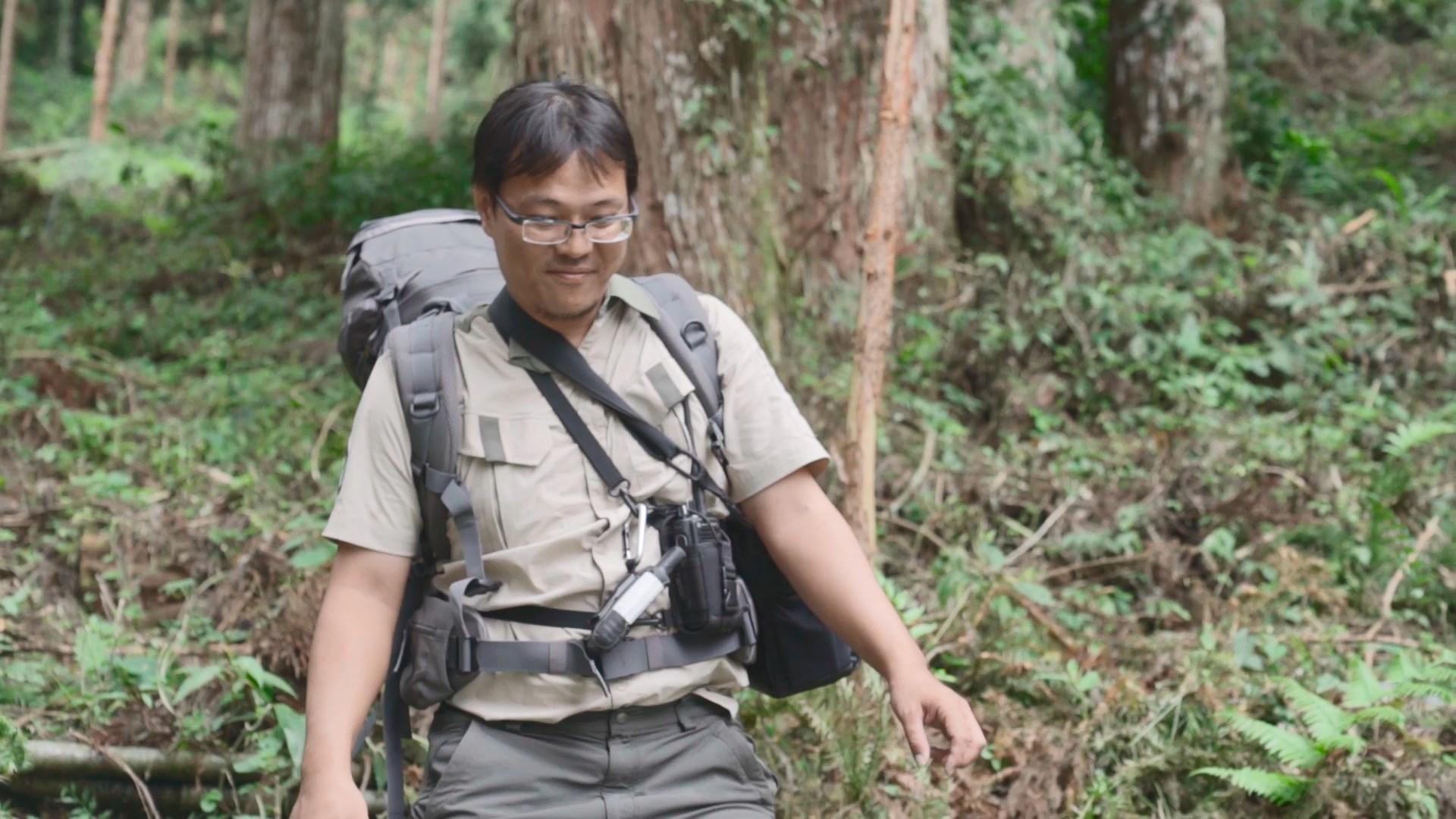蕭益程4年前加入森林護管員的行列,對於每天充滿冒險的工作相當滿意。