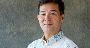 """""""Pursue service above expectation"""", The secret behind """"the system"""" which a first-class hotelier with a career transferring among various international hotel chains was impressed:Jun Yoshie, General Manager, The Ritz-Carlton Okinawa"""