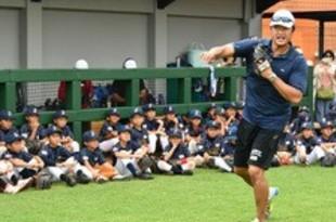 【インドネシア】マック鈴木さん、日本人球児らに野球教室[社会](2018/10/02)
