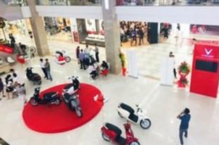 【ベトナム】ビンF、200カ所で販売店を同時にオープン[車両](2018/11/26)