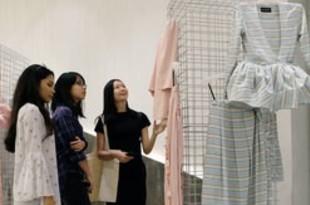 【マレーシア】高島ちぢみ、マレーシアのデザイナーとコラボ[繊維](2019/03/01)