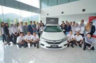 【マレーシア】ホンダ、国内組み立て1万台目のHVを販売[車両](2019/07/11)