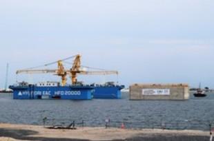 【シンガポール】トゥアス港第2期工事、海中基礎1基目を設置[建設](2019/07/05)