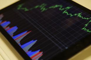 為替変動リスクが少なく、海外投資には好機!
