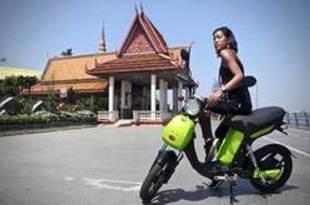 【カンボジア】地場ボルトラ、初の国産電動バイクを公開[車両](2019/12/16)