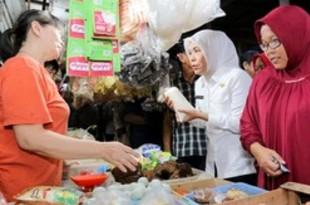 【インドネシア】警察が基礎食品の購入制限、買い占め防止で[商業](2020/03/18)
