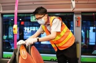 【シンガポール】公共交通機関、隣同士の着席が可能に[社会](2020/06/04)