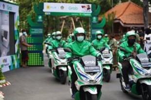 【インドネシア】グラブ、バリでホンダの電動バイク運用[運輸](2020/11/27)