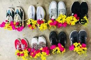 【ミャンマー】花挿した靴に血のペンキ、続く無言の抗議[社会](2021/04/21)