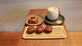 チョコレート専門カフェ「ダンデライオン・チョコレート」のおすすめカフェメニュー