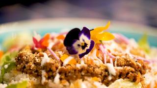 日本初のドライフラワーカフェ&バー「HANABAR」。癒しのボタニカルメニューを楽しんで