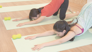 【レッスン半額特典】ヨガ×ランニングで体幹を鍛えるスタジオ「YR CLUB HOUSE 国領店」