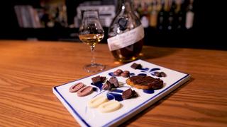 チョコレートとお酒のマリアージュを体感。渋谷のバー「ドンナ・セルヴァーティカ」