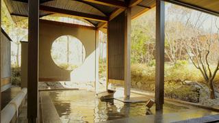 浅間温泉の人気温泉宿「星野リゾート 界 松本」の客室と温泉をご紹介♪