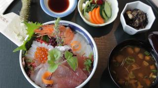 成熟風的姐妹淘聚會照過來!「Hotel Allamanda Aoyama」讓妳從早餐到午餐都吃得健康又美味