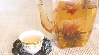 花の浮かぶ優雅なお茶! 「クロイソス銀座店」のおすすめ工芸茶3選