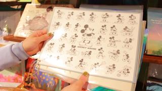 ミッキーをお持ち帰り♡ なんと会場限定!「ディズニー・アート展」グッズ4選