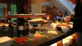 """晚餐 Buffet 可以吃到 """"帝王蟹""""!「威斯汀留壽都度假酒店」的海鮮晚餐"""