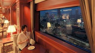 18時からの「ANAクラウンプラザホテル大阪」ラウンジは夜景とアルコールの大人時間